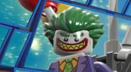 Joker is about to escape! Foil his plans by popping up the balloons – just click on the balloons of the same color to prevent the bad guy […]